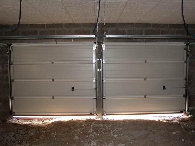Porte De Garage Basculante Tubauto Prix Fixe Isolant Caisson Volet - Porte de garage tubauto